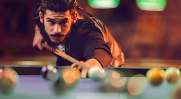 Brown//Black Iszy Billiards 58-Inch Hardwood Canadian Maple Pool Cue Billiard Stick with Irish Wrap 21-Ounce 2-Piece